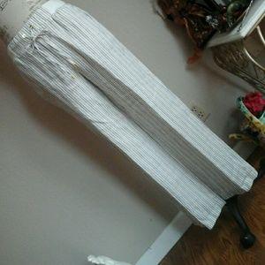 ELLEN TRACY 100% linen Pants
